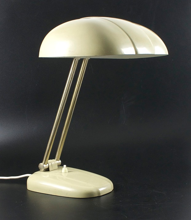 Bauhaus-Sigfried-Giedion-table-lamp-A