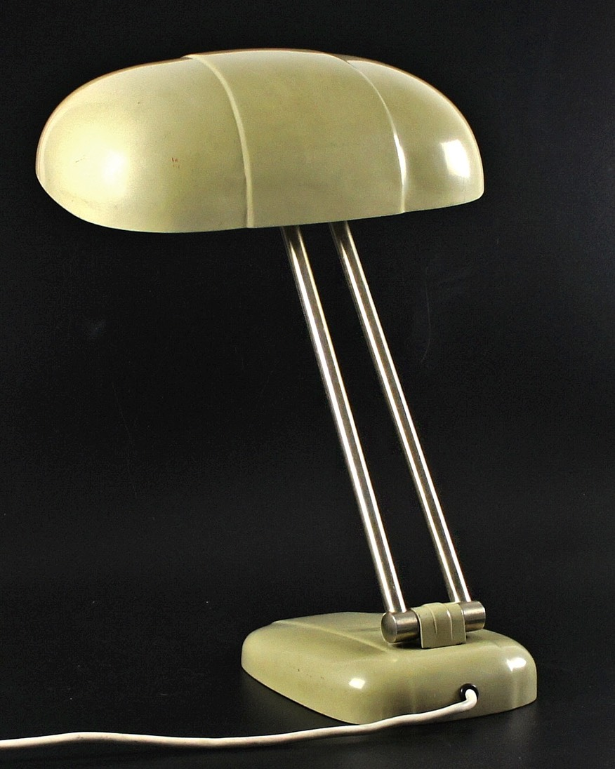 Bauhaus-Sigfried-Giedion-table-lamp-D