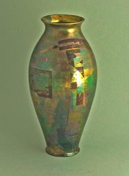 Tony-Laverick-ceramic-vase-lustre-A